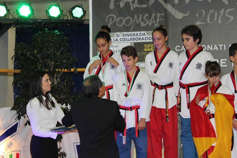 Coppia Seconda Classificata Al Torneo nazionale Denise Goffredo e Marco Cavaniglia ...MI raccomando abbracciarsi dopo la vittoria non è un reato HAHAHAHAH