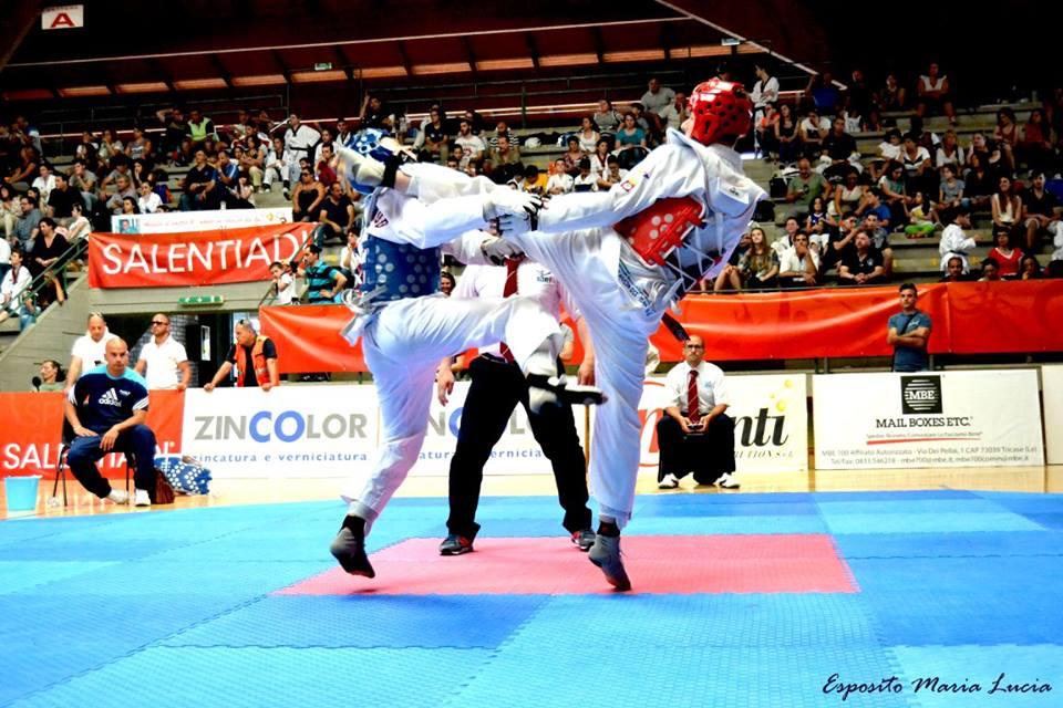 Giocando al taekwondo alle salentiadi...
