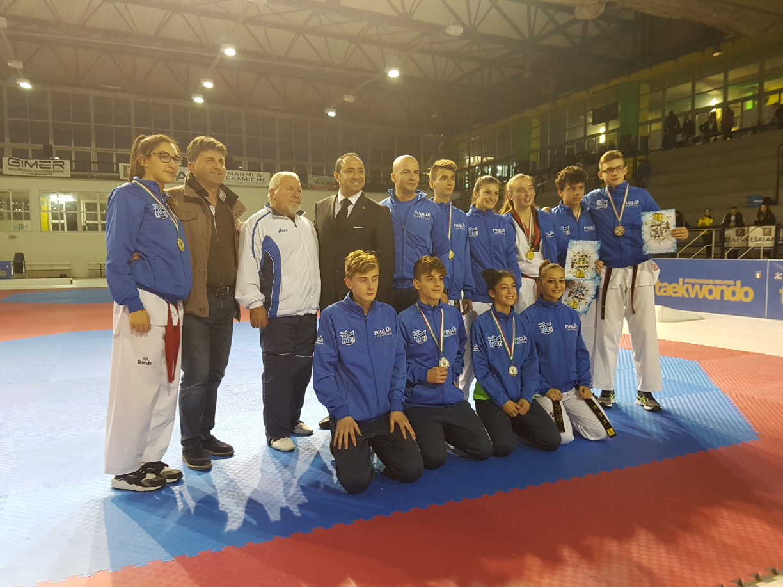 Riccardo con la squadra regionale Puglia al termine della competizione a squadre regionali
