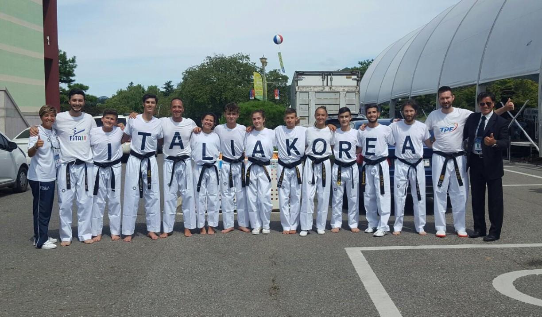 La squadra nazionale italiana dimostrativa che ha partecipato al Global Taekwondo Demostration Festival 2017.